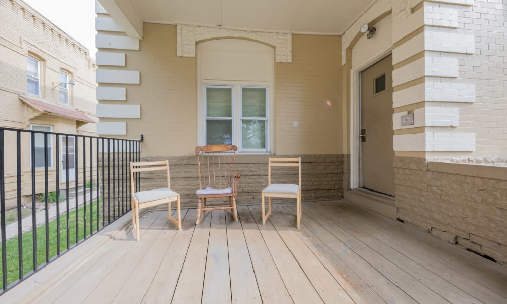 Covered front porch at Pleasant Street Apartments in Des Moines, Iowa