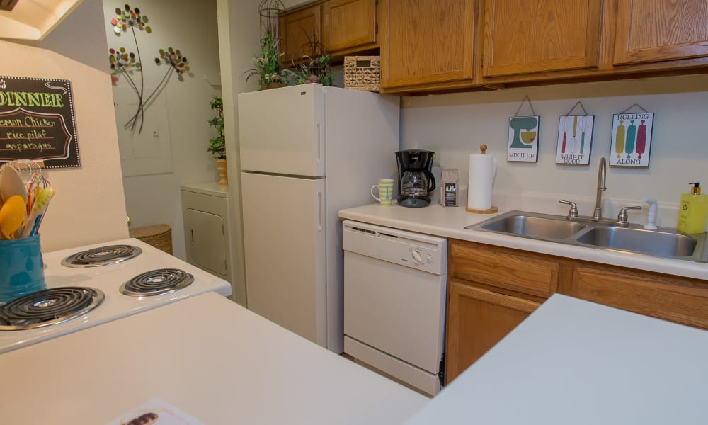 Polo Run Apartments offers spacious kitchens in Tulsa, Oklahoma