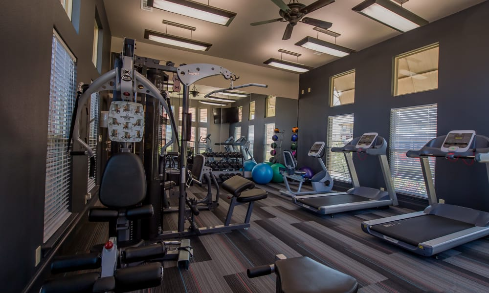 Fitness center for residents at Icon at Hewitt in Hewitt, Texas