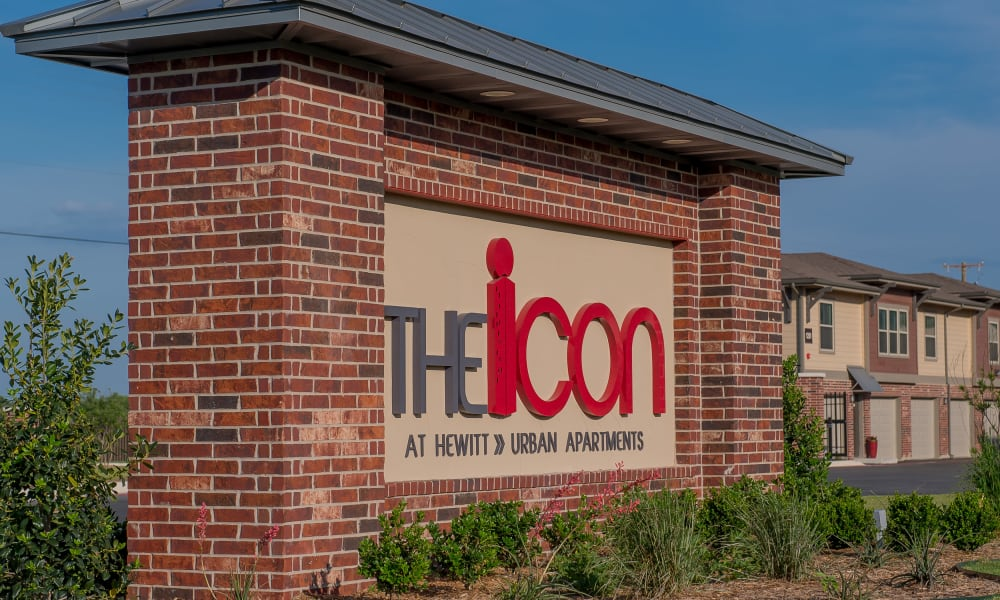 Front sign at Icon at Hewitt in Hewitt, Texas