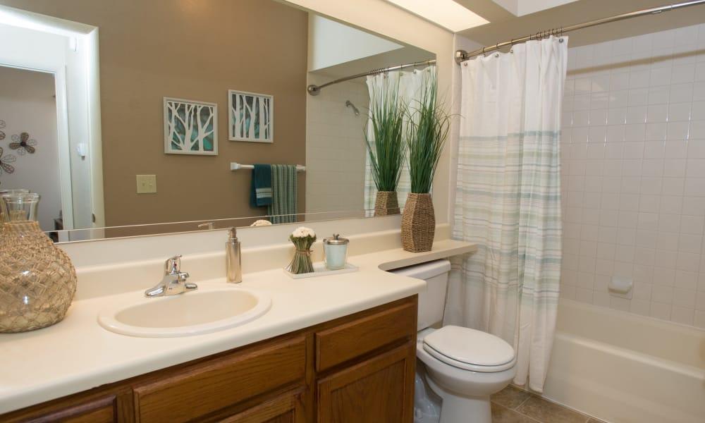 Large bathroom at Sheridan Pond in Tulsa, Oklahoma