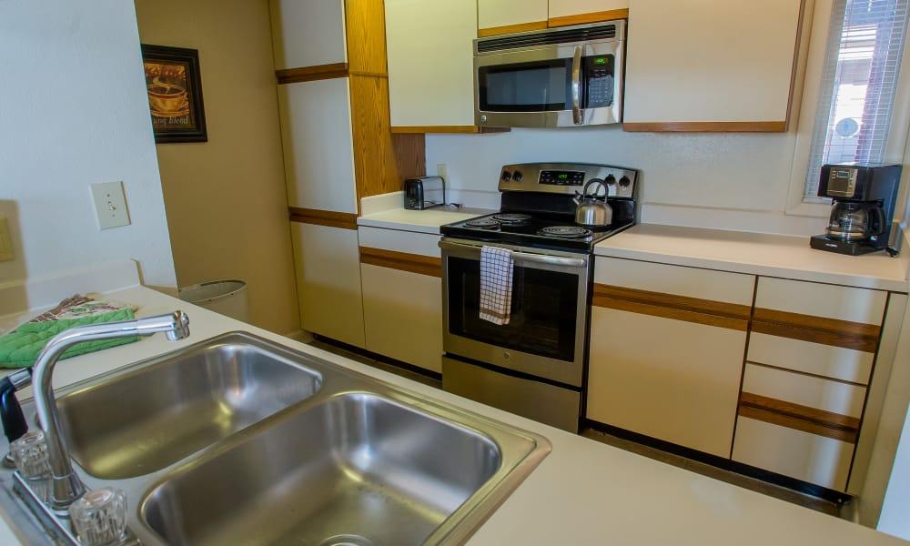 Spacious kitchen at Sheridan Pond in Tulsa, Oklahoma