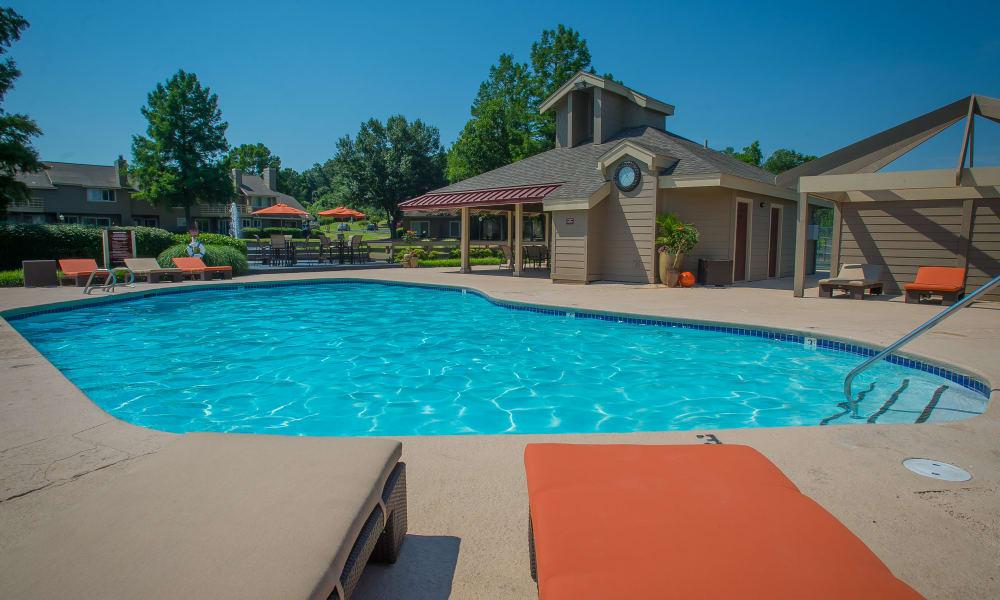 Beautiful swimming pool at Sheridan Pond in Tulsa, Oklahoma