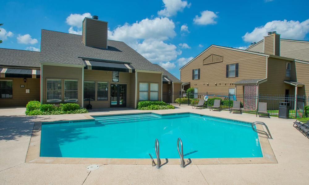 The community pool at Summerfield Place Apartments in Oklahoma City, OK