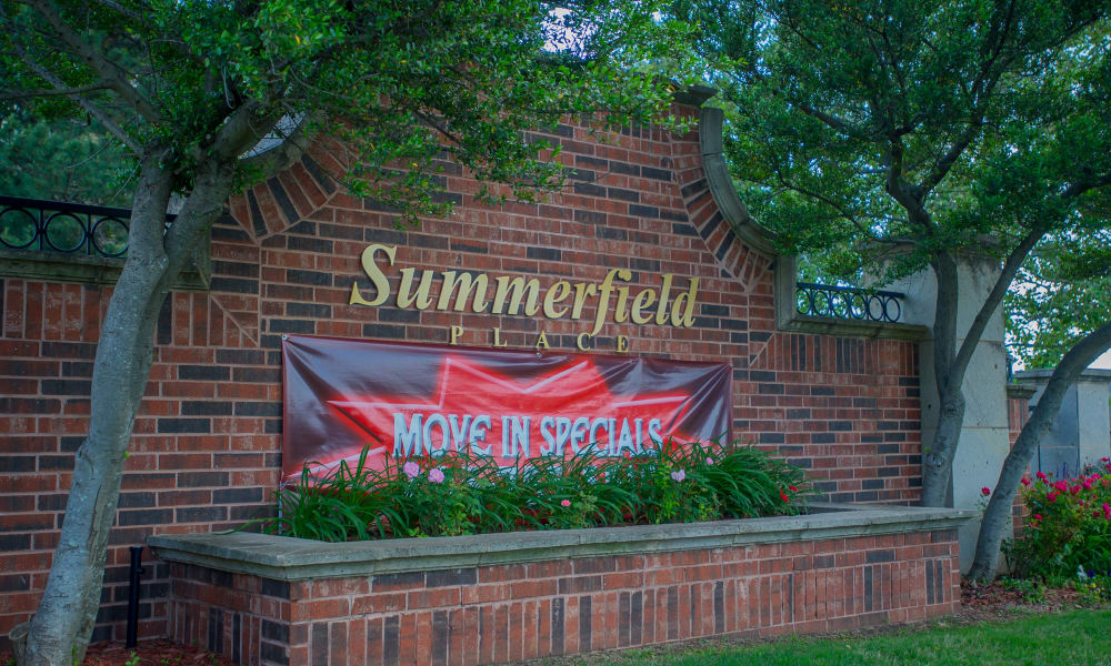 The sign in front of Summerfield Place Apartments in Oklahoma City, OK