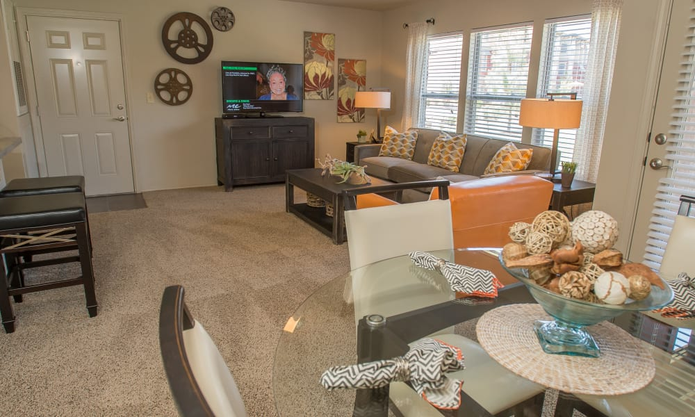 Spacious living area at The Reserve at Elm in Jenks, Oklahoma
