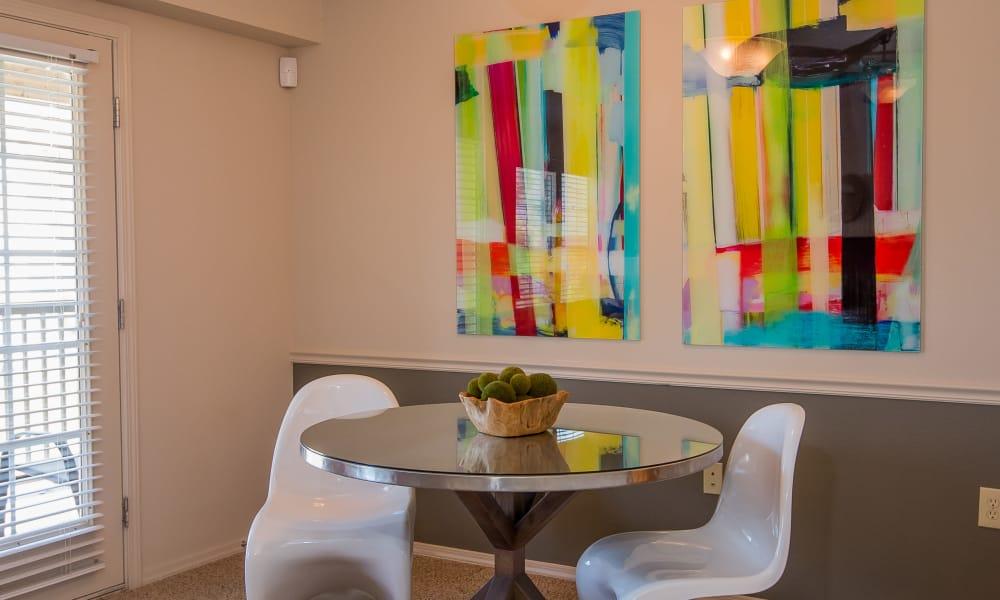 Dining room at Villas at Aspen Park in Broken Arrow, Oklahoma