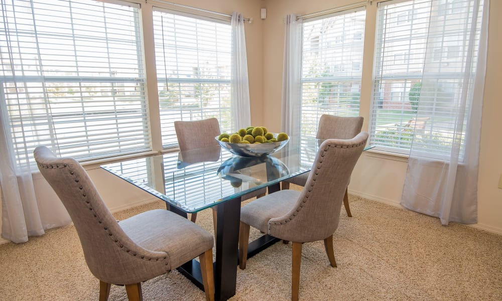 An apartment dining table at Villas at Aspen Park in Broken Arrow, Oklahoma