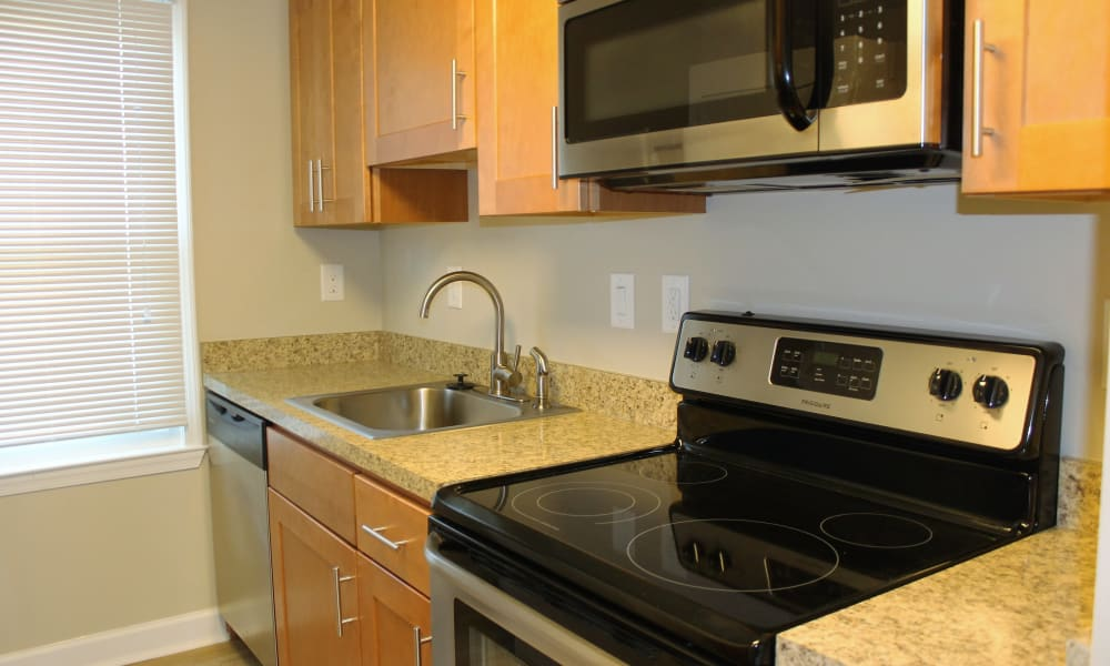 Washington Square offers a beautiful kitchen in Gaithersburg, Maryland