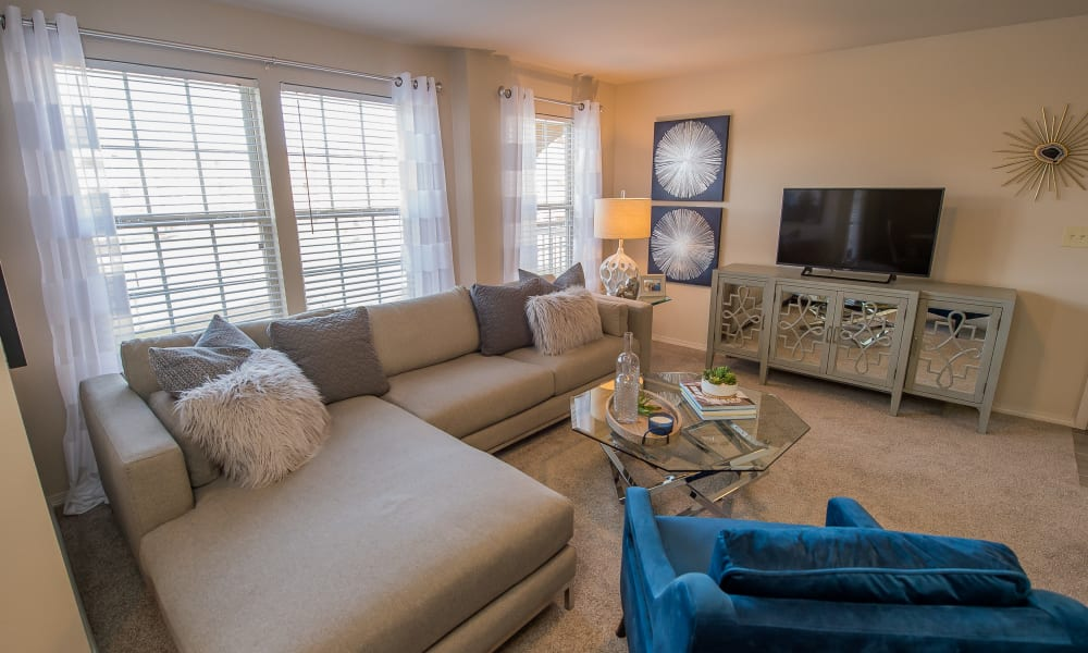 Cottages at Crestview offers spacious living areas in Wichita, Kansas