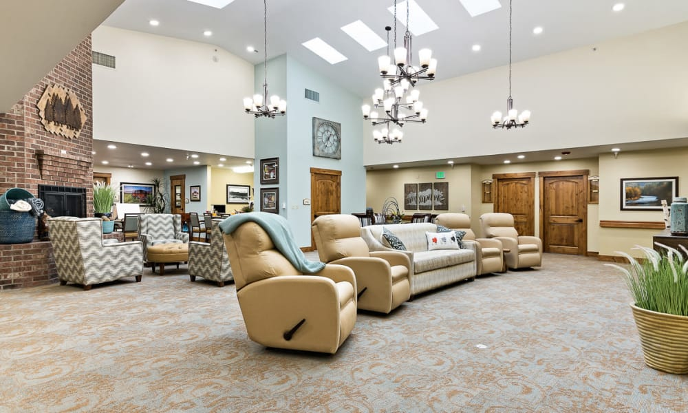 Relaxation area with recliner seating at Mill View Memory Care in Bend, Oregon