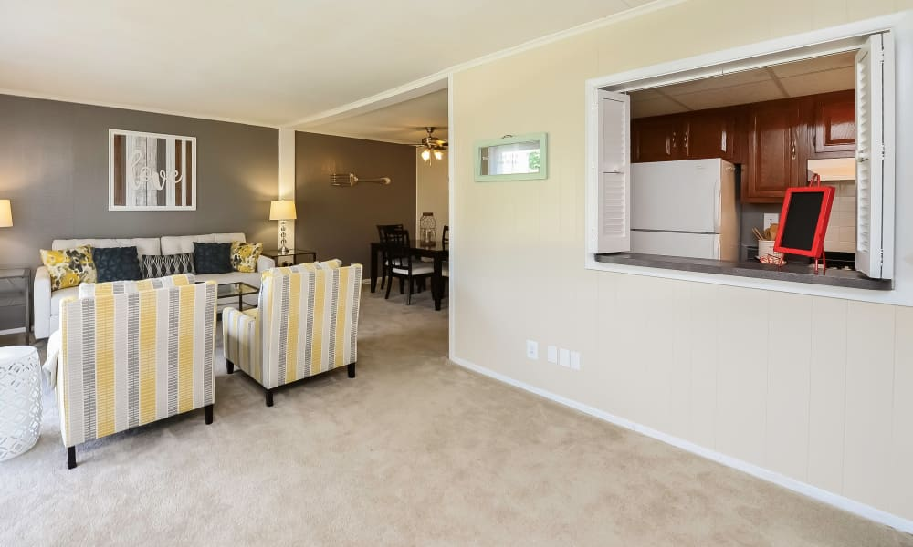 Open living space at Oxford Manor Apartments & Townhomes in Mechanicsburg, PA