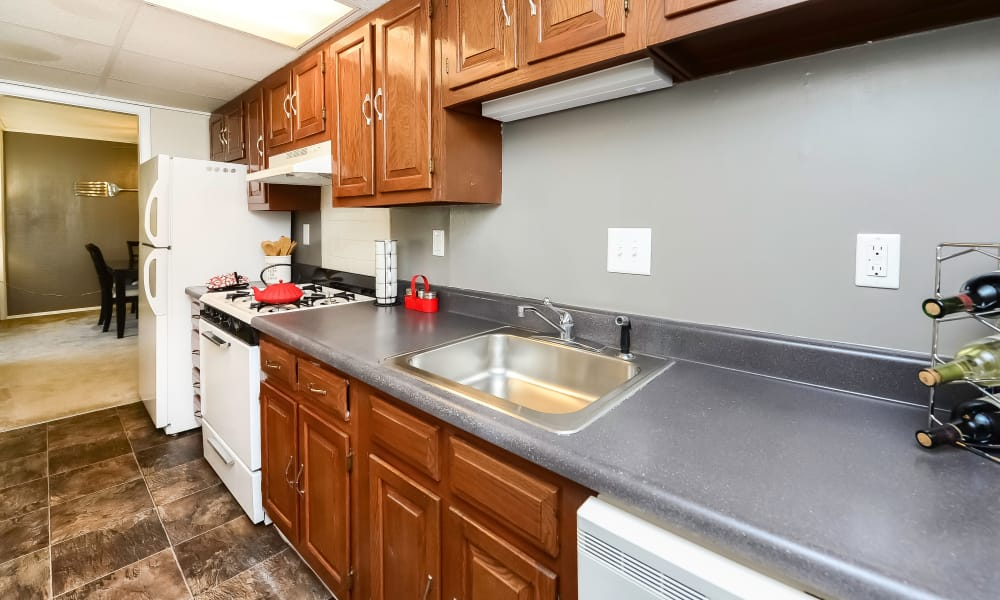 Kitchen at Oxford Manor Apartments & Townhomes in Mechanicsburg, PA