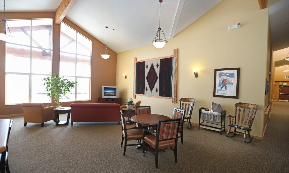 Library at Elk Meadows Assisted Living in Oakley, Utah