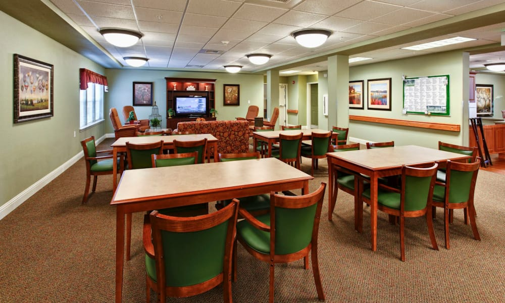 Memory care dining area at Sea View Senior Living Community in Brookings, Oregon