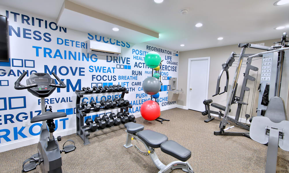 Enjoy Apartments with a Gym at Glen Mar Apartment Homes
