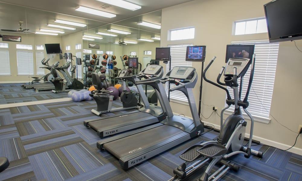 The fitness center at Villas at Aspen Park in Broken Arrow, Oklahoma