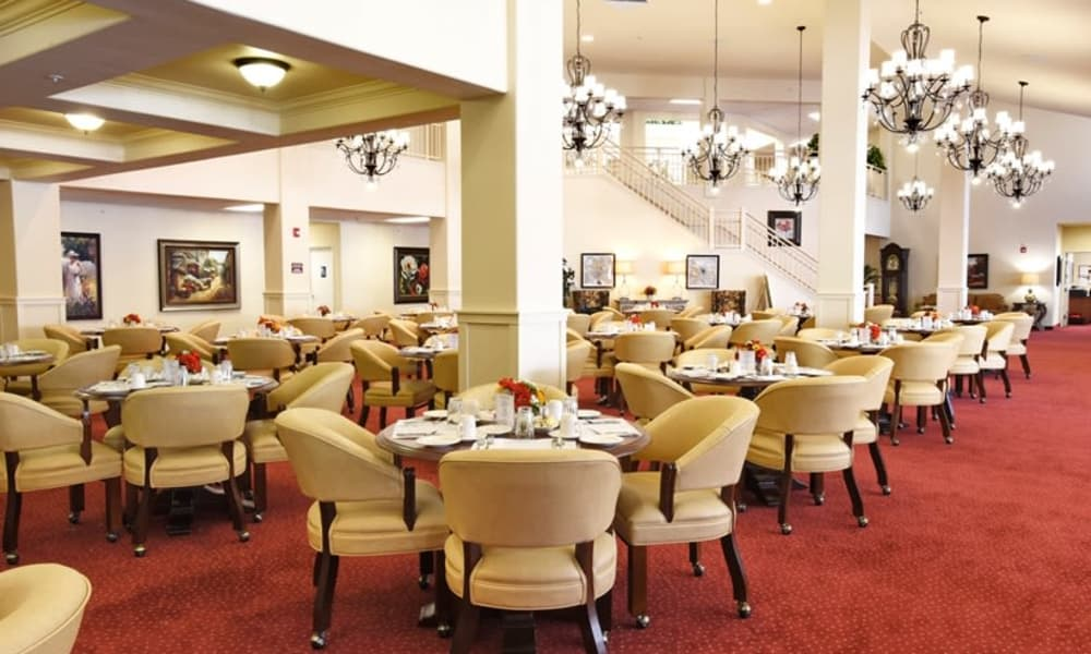Community dining room for residents at Oak Park Retirement in Salisbury, North Carolina