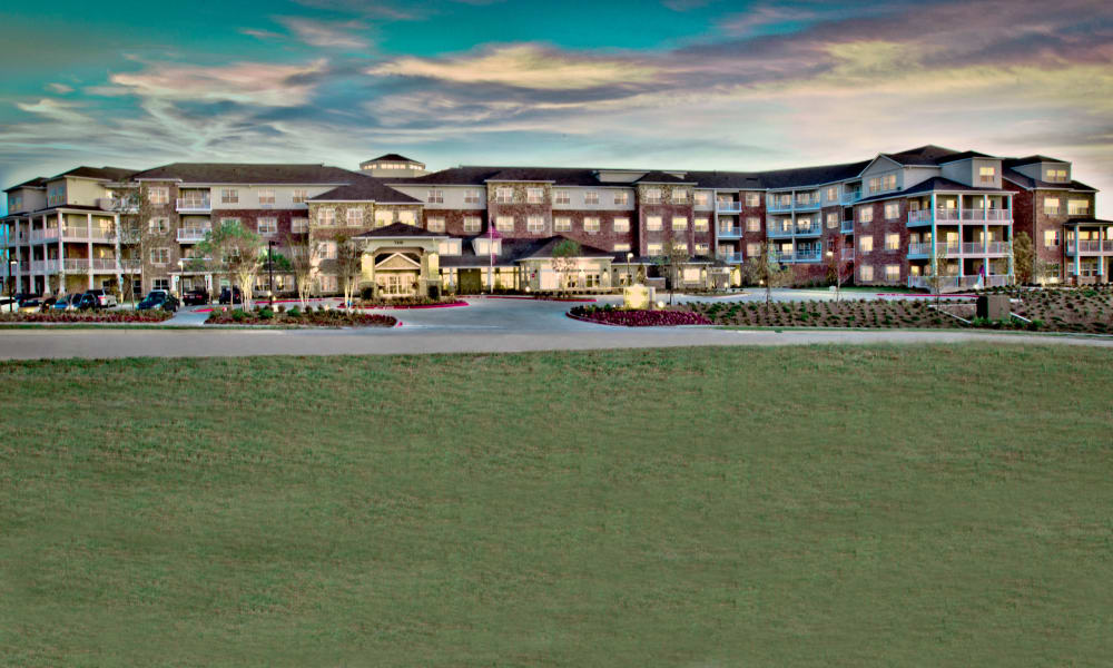 Exterior photo of Pioneer Ridge Gracious Retirement Living in McKinney, Texas