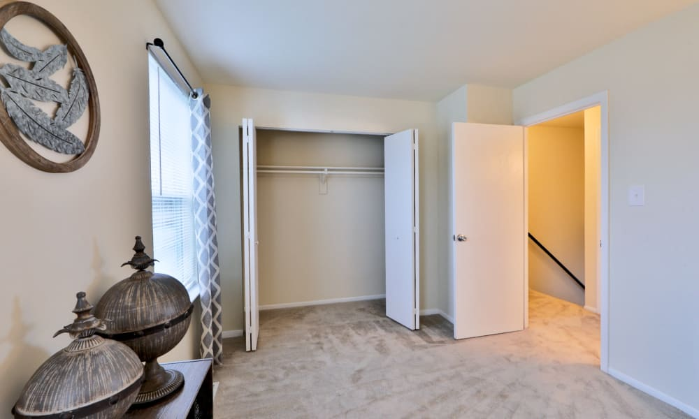 Bedroom & closet at The Townhomes at Diamond Ridge in Baltimore, Maryland