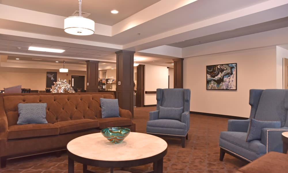 Cozy lobby seating area at Violet Springs Health Campus in Pickerington, Ohio.