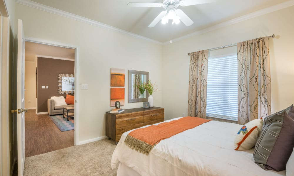 Large master bedroom at The Atlantic Station in Fort Worth, Texas