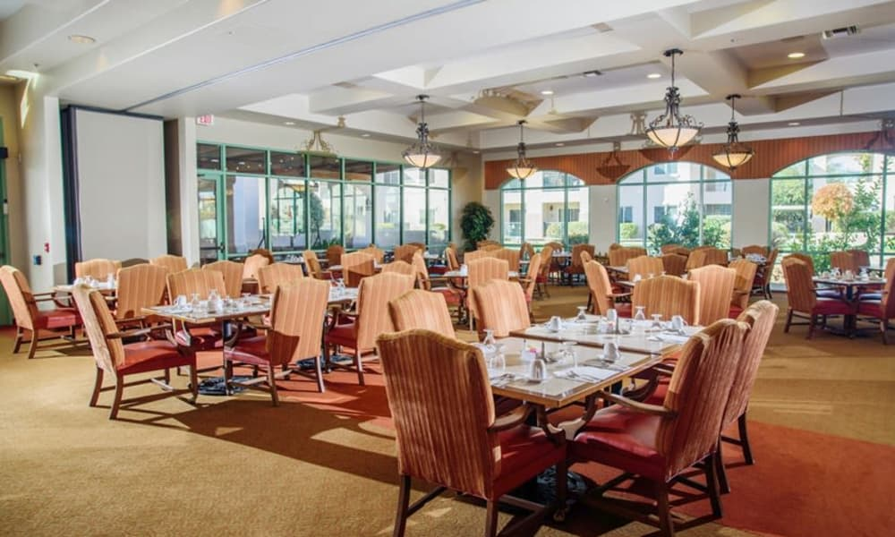 The community dining room for residents at The Peaks at Santa Rita in Green Valley, Arizona