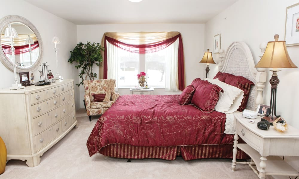 A beautifully decorated bedroom at Stoneybrook Assisted Living in Corvallis, Oregon