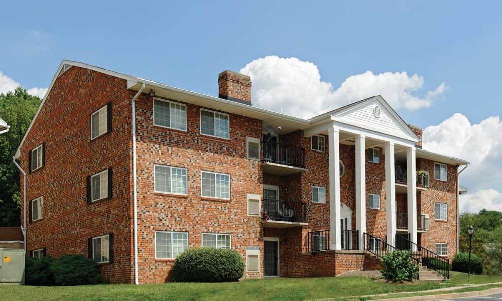 Brick apartment building at Mount Vernon Square Apartments in Alexandria, Virginia