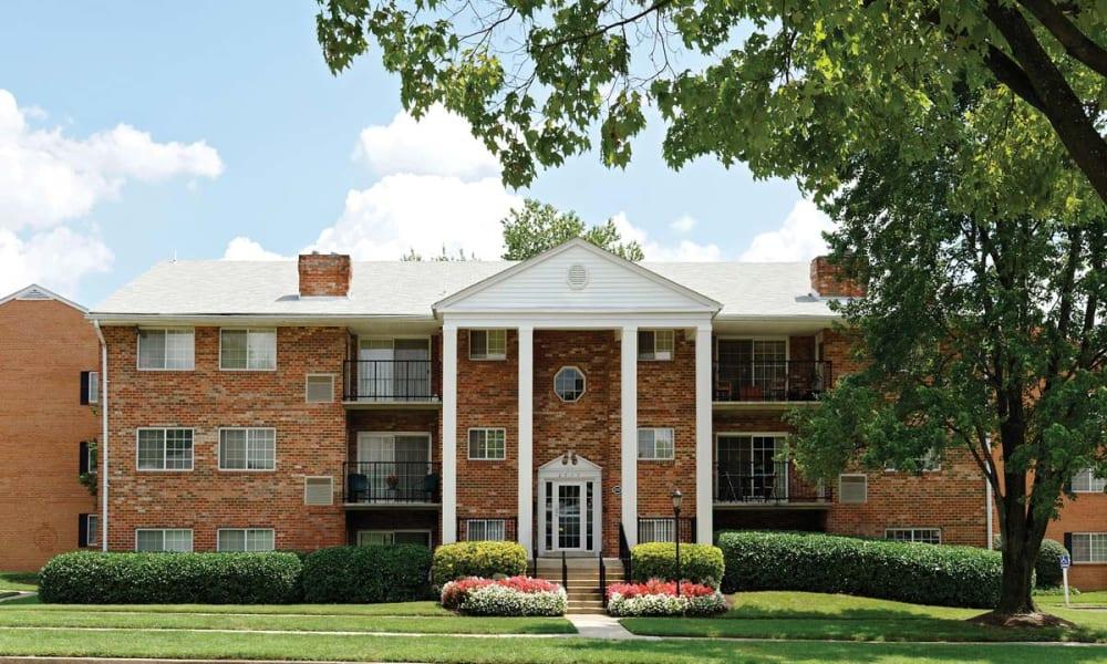 Exterior view of Mount Vernon Square Apartments in Alexandria, Virginia