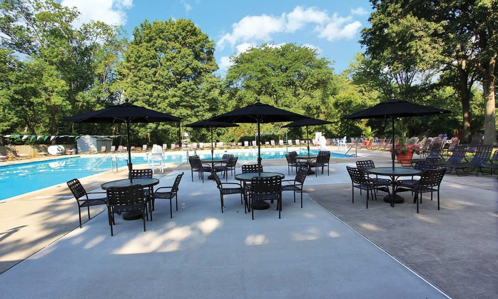 Poolside seating at Waterview Apartments in West Chester Pennsylvania