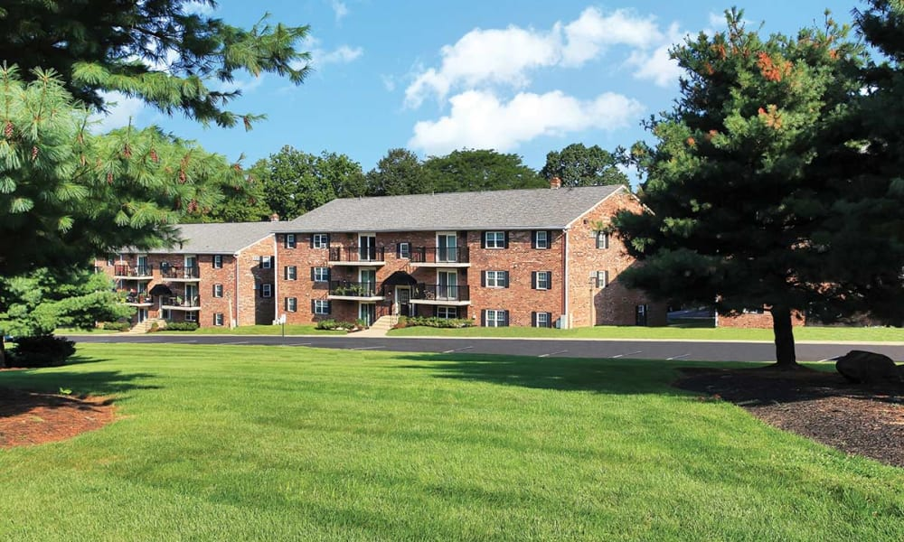 Lush landscape at Waterview Apartments in West Chester, Pennsylvania