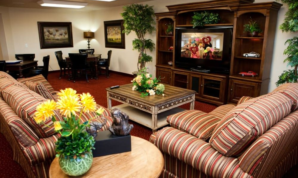 TV Room for residents at Steeplechase Retirement Residence in Oxford, Florida