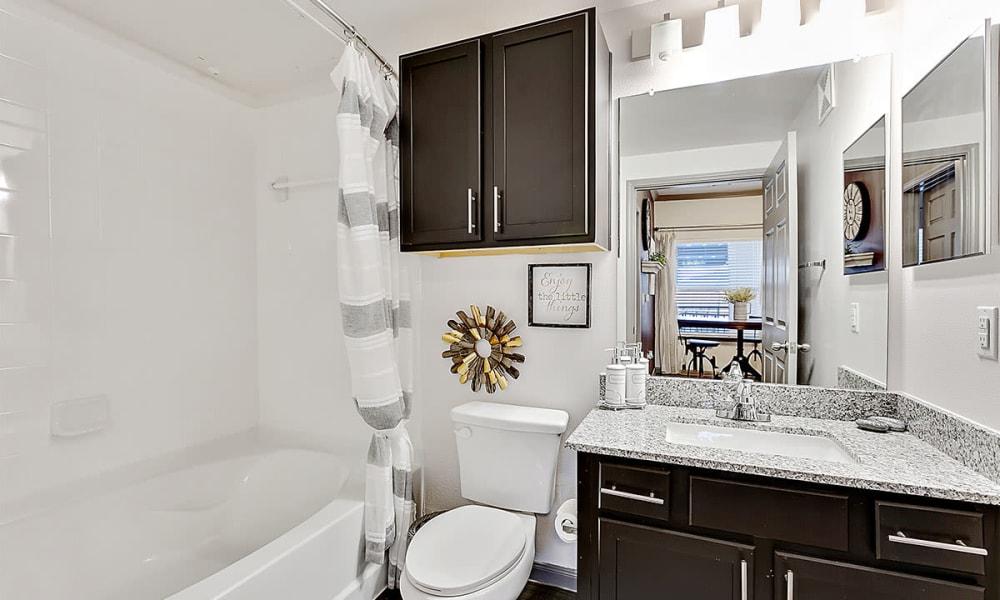 Luxury bathroom at Plum Creek Vue in Kyle, TX