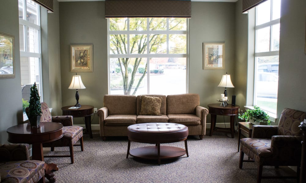 Living area at Evergreen Senior Living in Eugene, Oregon