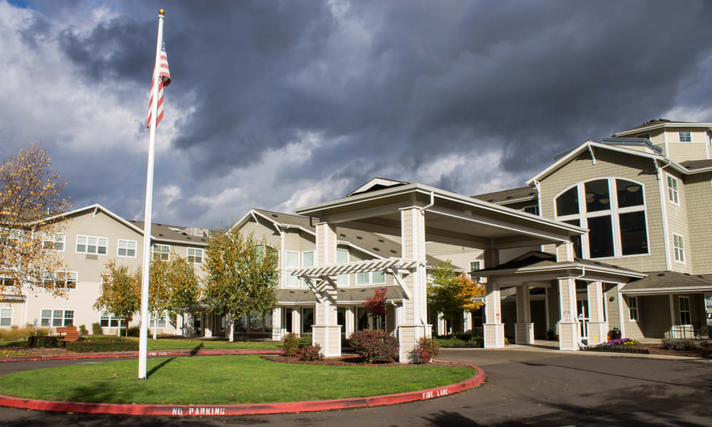 Main entrance to Timber Pointe Senior Living in Springfield, Oregon