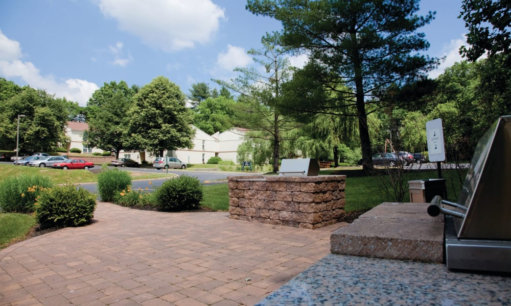 Walking paths at Willowbrook Apartments in Jeffersonville, Pennsylvania