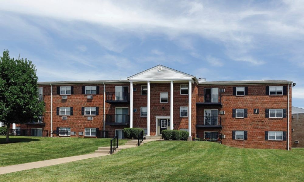 Brick exterior of Hill Brook Place Apartments in Bensalem, Pennsylvania