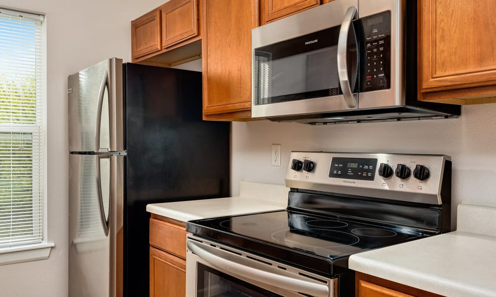 Stainless steel appliances at Cornerstone Apartments in Independence, Missouri.