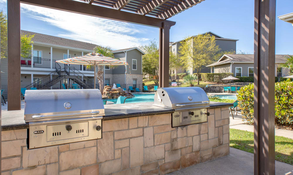 Outdoor BBQ Area at Arya Grove in Universal City, Texas
