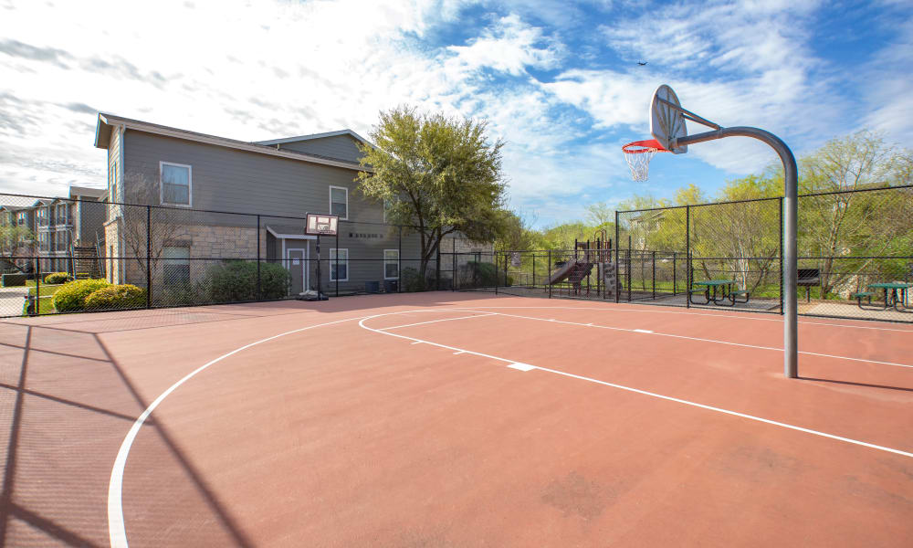 Our Apartments in Universal City, Texas offer a Basketball Court