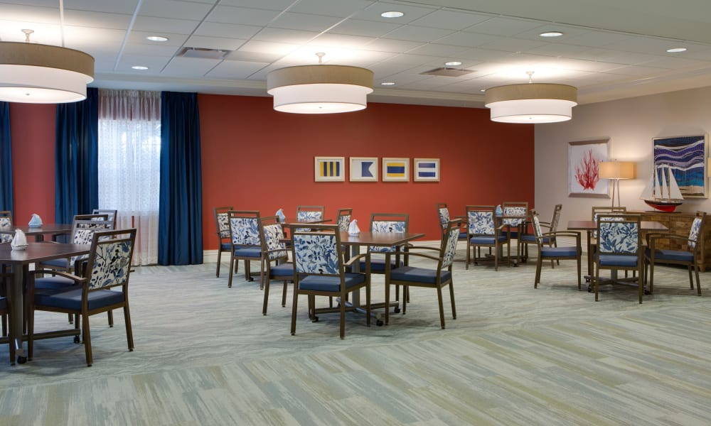 Dining area at Beach House Assisted Living & Memory Care at Wiregrass Ranch in Wesley Chapel, Florida