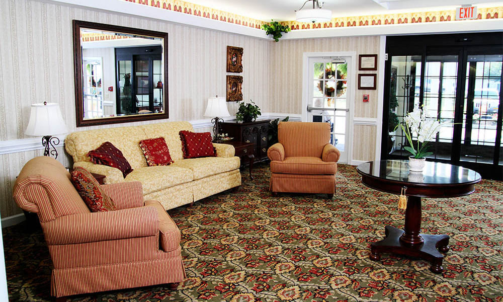 Seating in the lobby at Heritage Green Assisted Living and Memory Care in Lynchburg, Virginia