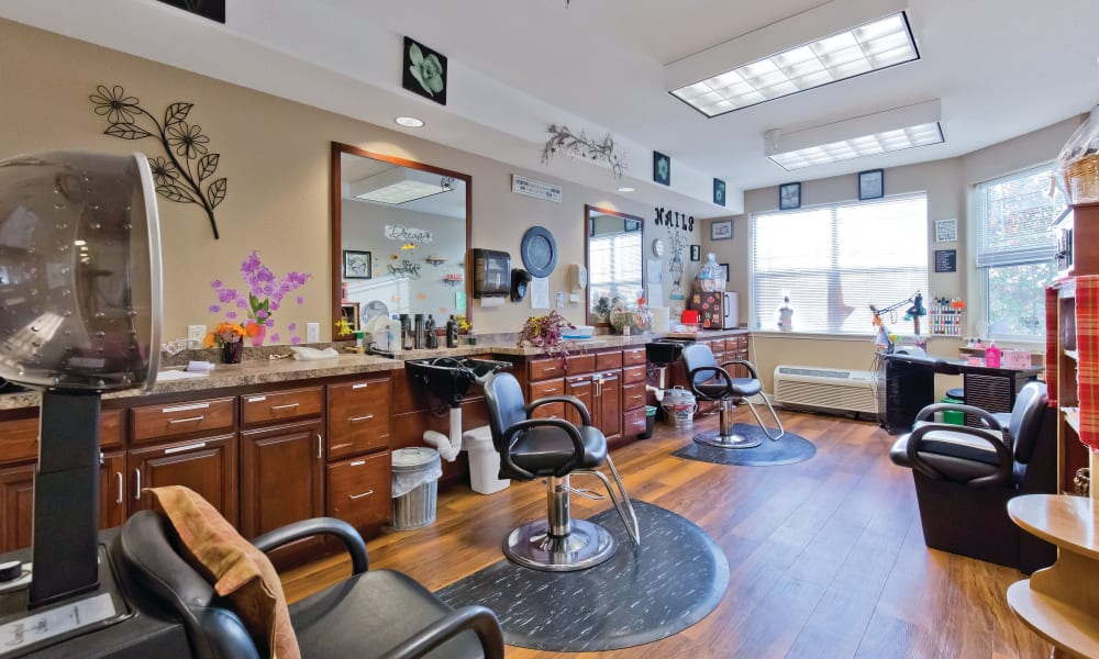 Barbershop at Meadowlark Senior Living in Lebanon, Oregon