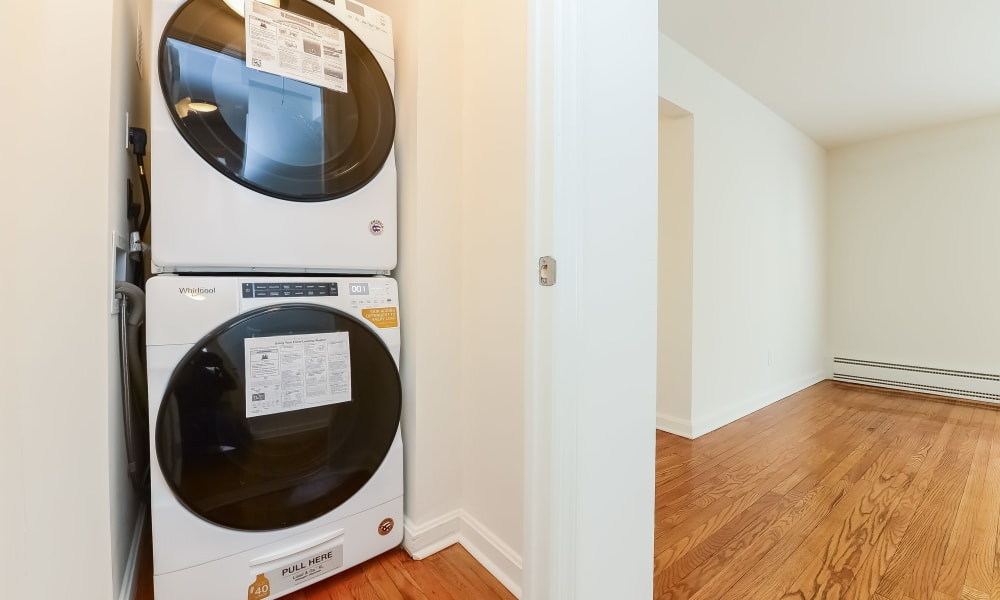 Apartments with a Washer/Dryer in Short Hills, New Jersey