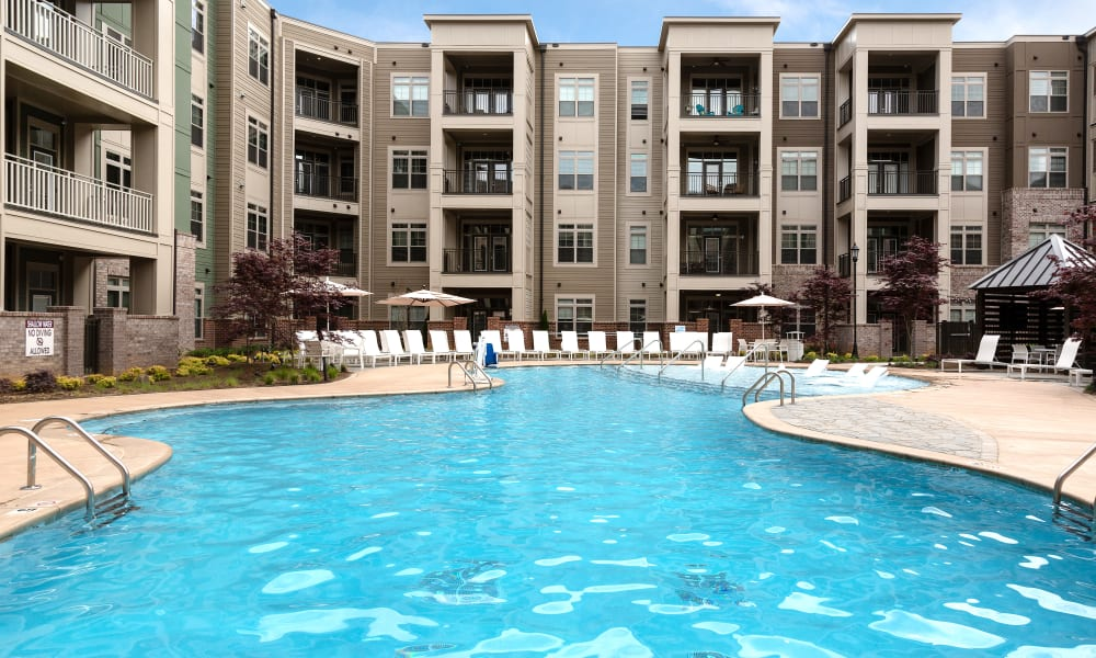 apartments with pools charlotte