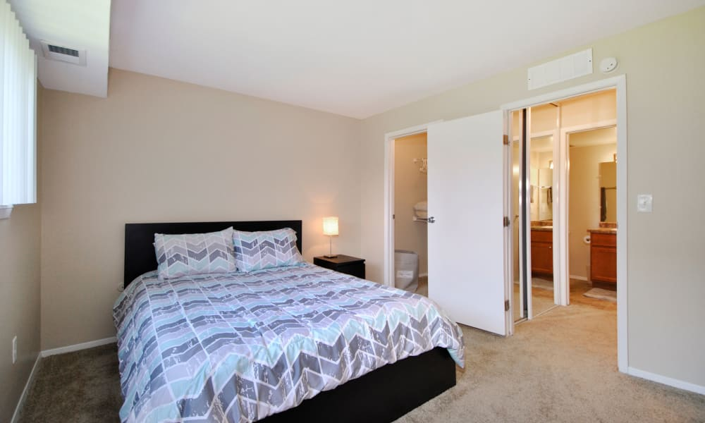 Upgraded Apartments Available at Fairway Trails Apartments in Ypsilanti, MI