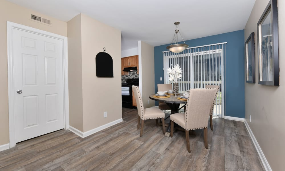 Ample dining space at Mallards Landing Apartment Homes in Nashville, Tennessee