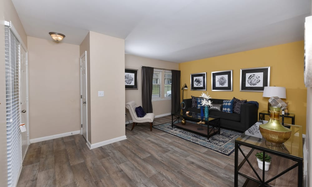 Wood floors at Mallards Landing Apartment Homes in Nashville, Tennessee