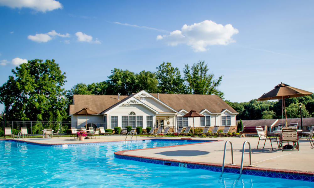 Large resident pool at Marchwood Apartment Homes in Exton, Pennsylvania.